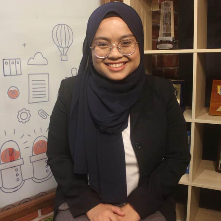 Nadia Mahat